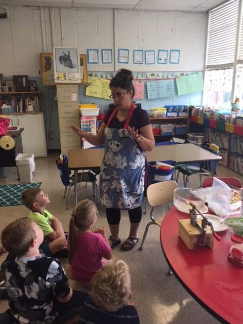 Jodie teaching apple pie