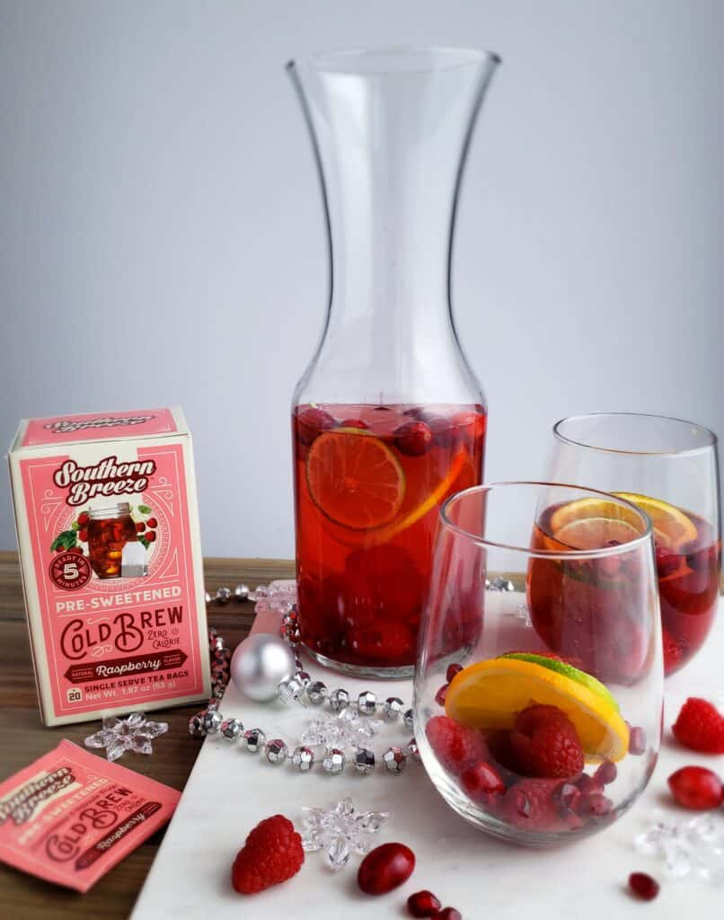Sweet Tea Sangria Skinny Mocktail Make it by the glass or by the quart in a carafe or pitcher. Get the recipe and more serving ideas on the blog now.